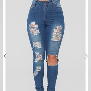 Fashion Nova ripped skinny jeans